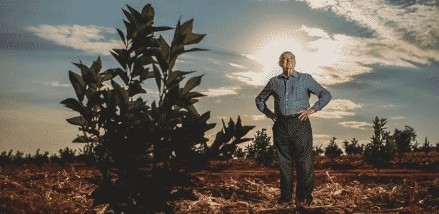 Um dos líderes da bancada do agronegócio, o deputado federal Nelson Marquezelli (PTB-SP) em sua fazenda em Pirassununga (SP) - Valéria Gonçalvez /Estadão Conteúdo