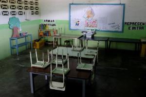Em meio a forte crise econômica, escolas amanhecem quase vazias em primeiro dia de aula na Venezuela (Foto: Marco Bello/Reuters)
