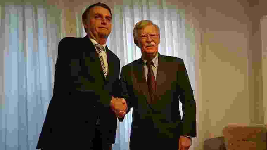 29.nov.2018 - O presidente eleito Jair Bolsonaro se encontra com o assessor de Segurança Nacional dos EUA, John Bolton, no Rio - Twitter / Assessoria do presidente