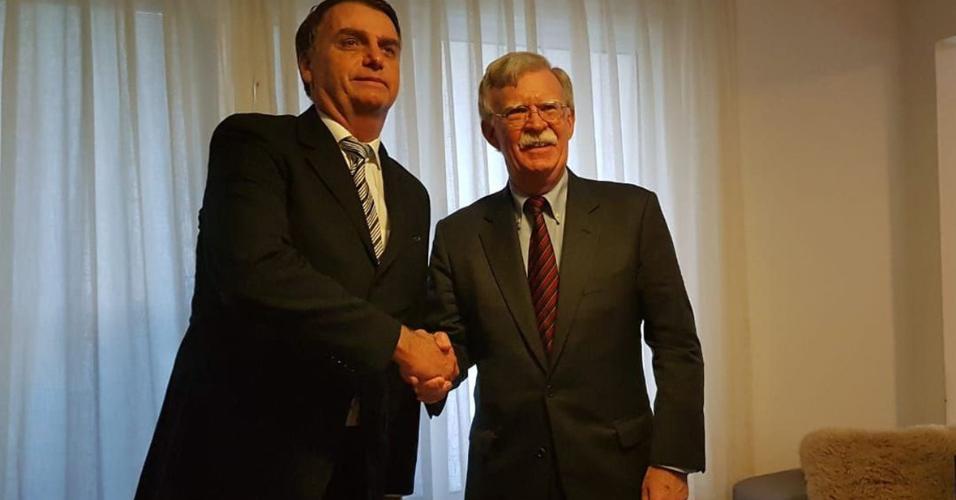 29.nov.2018 - O presidente eleito Jair Bolsonaro se encontra com o assessor de Segurança Nacional dos EUA, John Bolton, no Rio