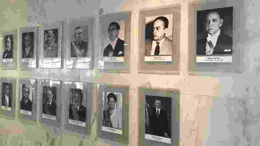 Foto do ex-presidente Michel Temer na galeria dos ex-presidentes no Planalto - Marina Motomura/UOL