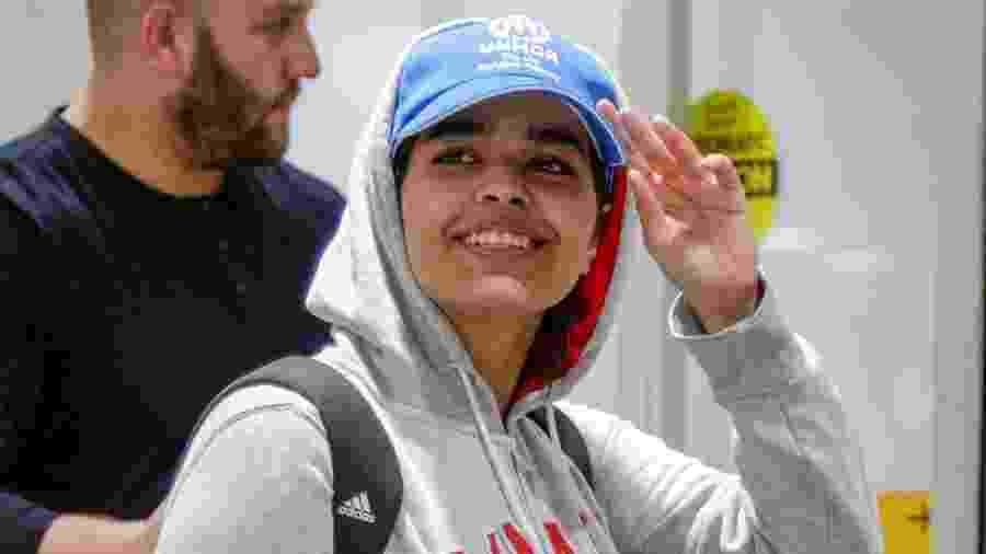A saudita Rahaf Mohammed al-Qunun desembarcou no Canadá após conseguir asilo  - CARLOS OSORIO/ REUTERS