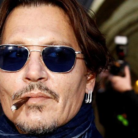 Ator Johnny Depp deixa tribunal em Londres, em foto de fevereiro -