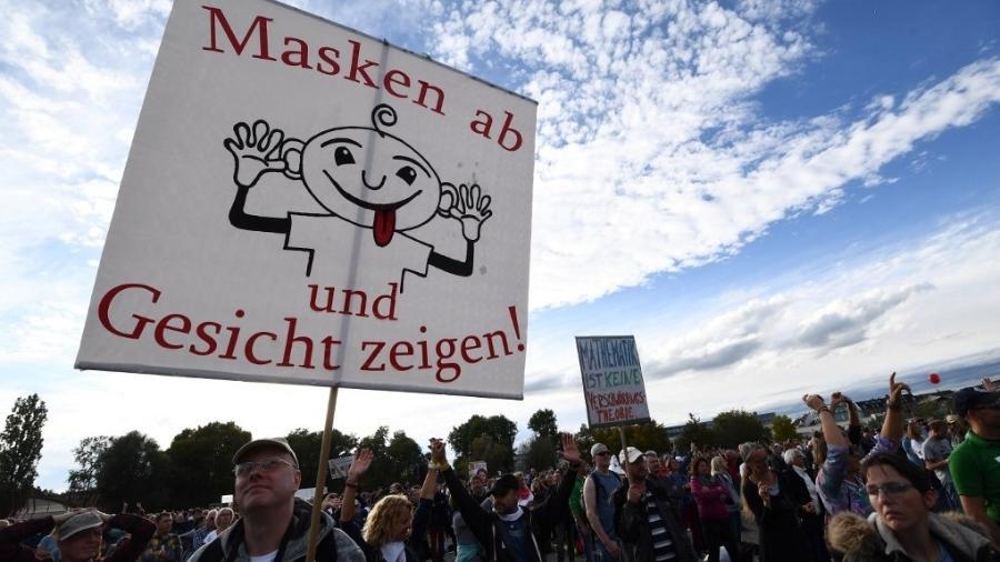 Mais da metade dos crimes de motivação política registrados em 2020 na Alemanha foram cometidos por radicais de extrema-direita - Sebastien Bozon/AFP