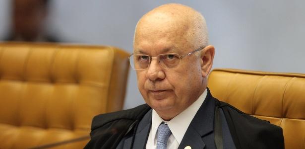 O ministro do STF Teori Zavascki estava em aeronave que caiu no litoral do RJ