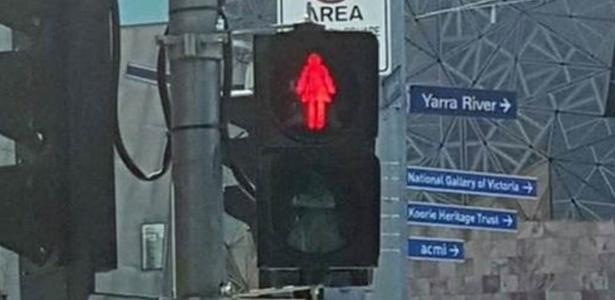 Melbourne, na Austrália, decidiu trocar parte dos semáforos para pedestres como parte de uma campanha sobre igualdade de gênero
