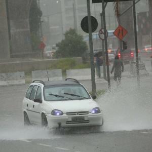 Chuva causou prejuízos no Estado de São Paulo - RENATO S. CERQUEIRA/FUTURA PRESS/FUTURA PRESS/ESTADÃO CONTEÚDO