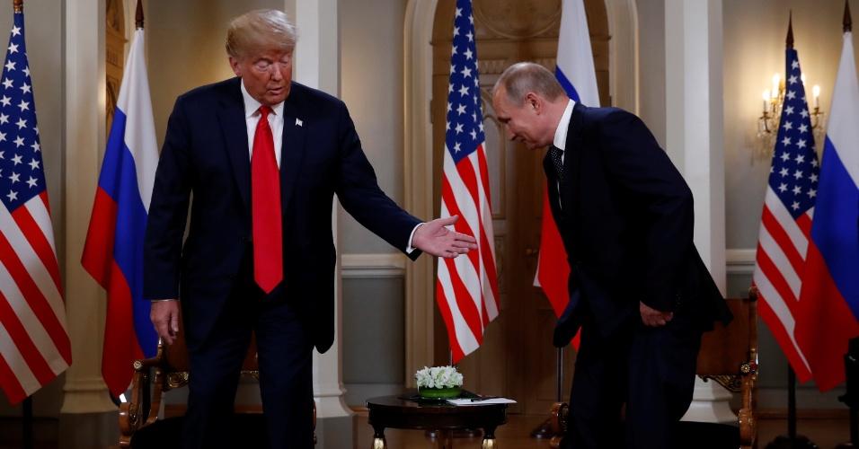 O presidente dos EUA, Donald Trump, encontra-se com o presidente da Rússia, Vladimir Putin, em Helsinque, Finlândia