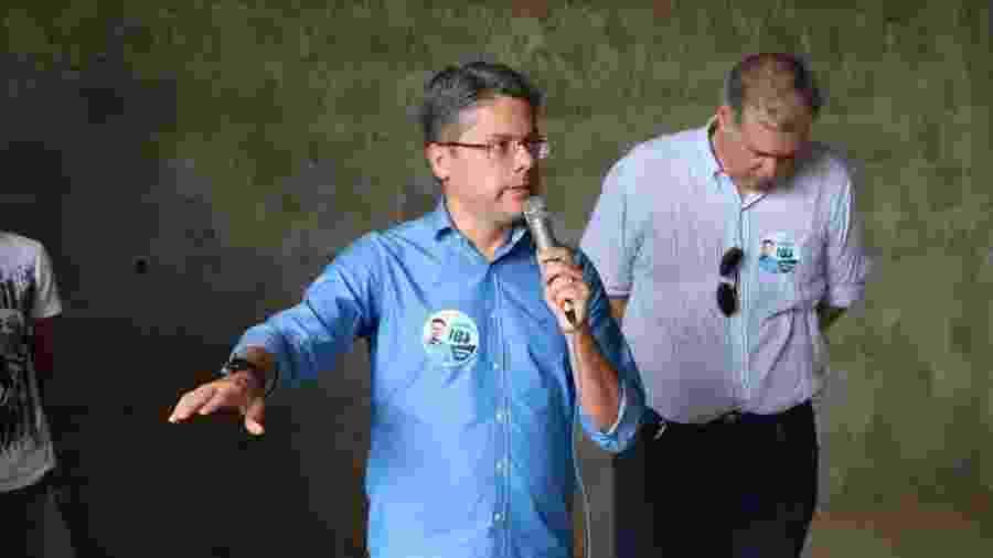 Alessandro Vieira discursa durante campanha ao Senado - Reprodução/Facebook/Alessandro Vieira