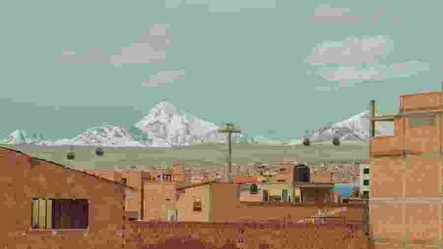 Povoado andino na Bolívia; pesquisadores alertam para impacto da fumaça no derretimento de gelo e, em consequência, no abastecimento de água para milhões de pessoas - Getty Images