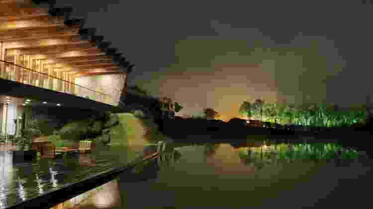 Foto espetacular tirada com o modo noturno do Galaxy Fold - Gabriel Francisco Ribeiro/UOL - Gabriel Francisco Ribeiro/UOL