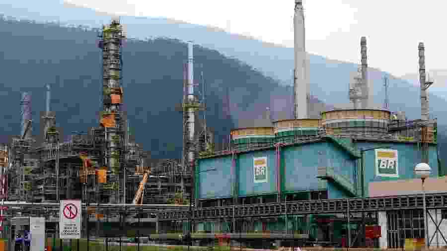 Refinaria da Petrobras em Cubatão (SP); preços sofrerão alteração na refinaria - Paulo Whitaker