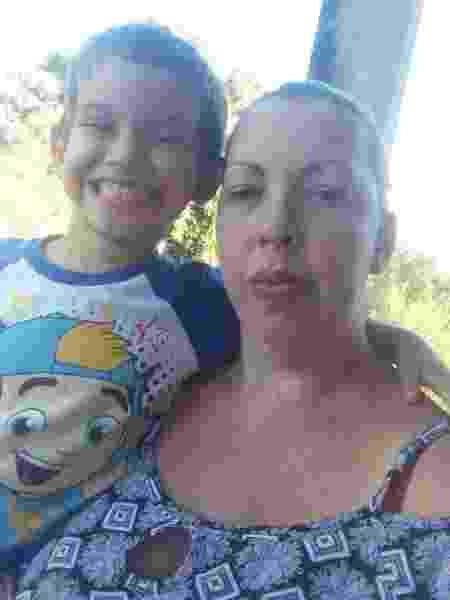 A cerimonialista Priscilla Nunes preferiu pedir o auxílio sem incluir os filhos para tentar ganhar ao menos R$ 600 - Arquivo pessoal