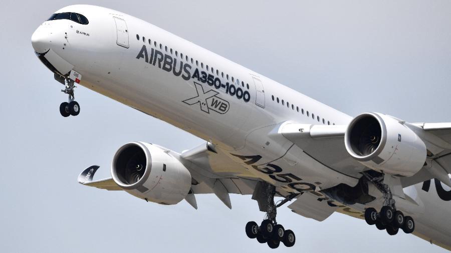 O avião testado em junho foi o A350-1000 XWB, que possui espaço para passageiros e pode realizar voos comerciais - Mustafa Yalcin/Anadolu Agency/Getty Images