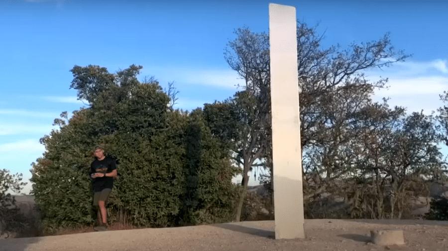 Terceiro monólito aparece, agora na Califórnia - Reprodução