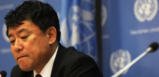 O embaixador norte-coreano Kim In Ryong durante entrevista à imprensa na ONU