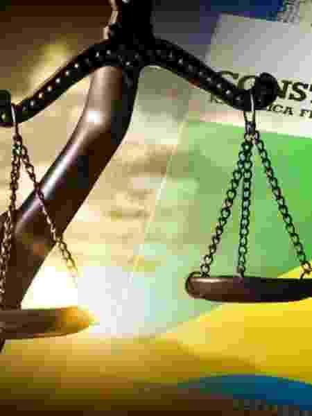 Constituição e estátua da Justiça - Foto: Pedro Augusto Pinho