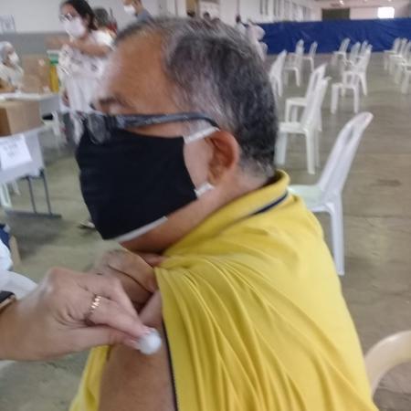 Domicio Barbosa, 66, que tomou a CoronaVac pela primeira vez em 4 de abril, em Caruaru (PE), e aguarda a segunda dose - Arquivo Pessoal