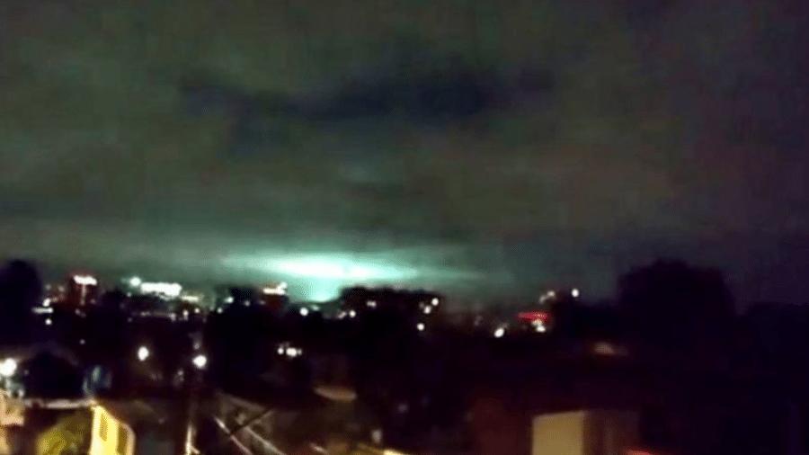 As luzes apareceram em diferentes partes do México durante o terremoto de 2017 (foto) e voltaram a aparecer agora - Twitter/@orlaherrera