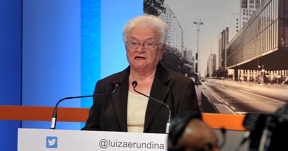 18.set.2016 - Luiza Erundina (Psol) participa de debate com candidatos a prefeito em São Paulo promovido pela TV Gazeta, Estadão e Twitter