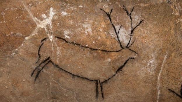 28.nov.2016 - Desenhos que podem ser facilmente reconhecidos, como este cervo, têm atração imediata sobre os pesquisadores afirma Von Petzinger