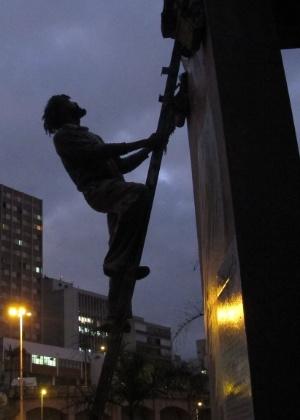 Mauro Neri é educador e grafiteiro