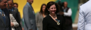 A dois dias de ser julgado pela Câmara, Temer condecora Raquel Dodge (Foto: FáTIMA MEIRA/FUTURA PRESS/FUTURA PRESS/ESTADÃO CONTEÚDO)
