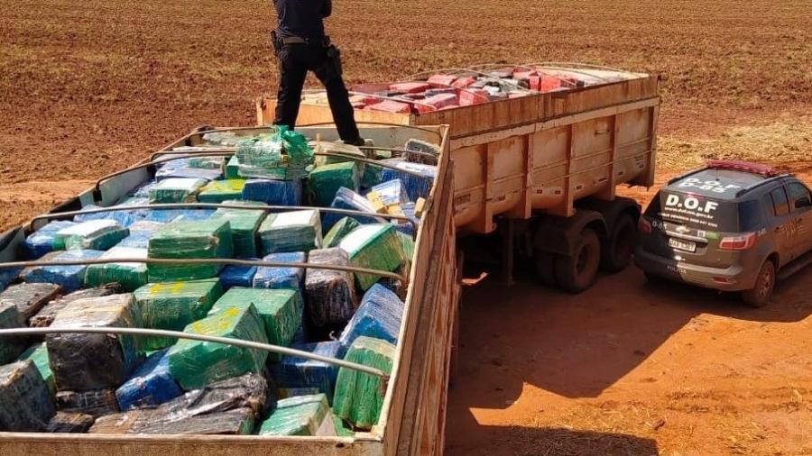 Caminhão com 33 toneladas de maconha em Maracaju (MS) - Divulgação
