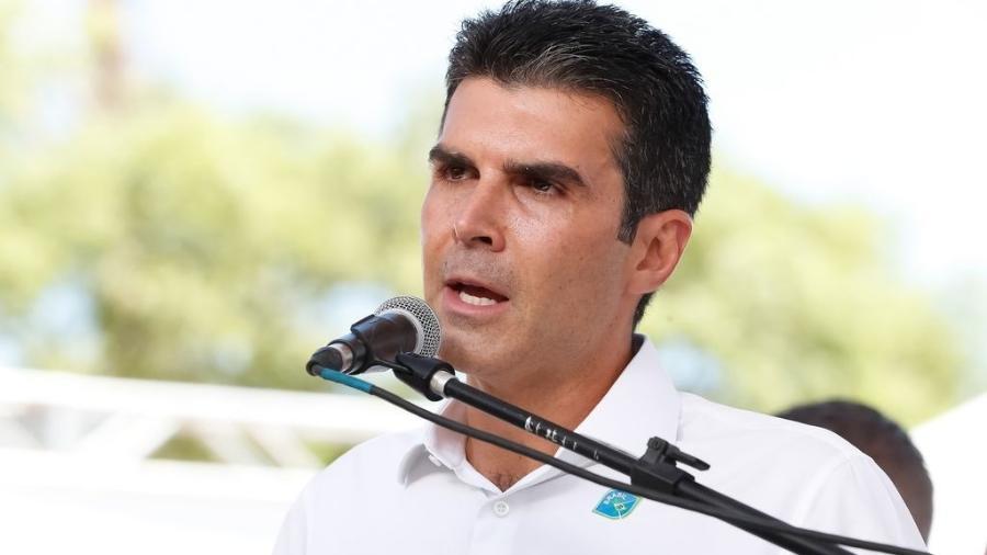 Helder Barbalho informou que toda a população de 25 anos ou mais deve receber a primeira dose até o fim da semana - Alan Santos/PR