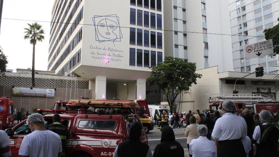 21.jun.2021 - Hospital Pérola Byington é evacuado após incêndio, na cidade de São Paulo - WILLIAN MOREIRA/ESTADÃO CONTEÚDO