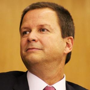 """O presidente nacional da OAB, Cláudio Lamachia, criticou a possível """"anistia"""" ao caixa dois"""