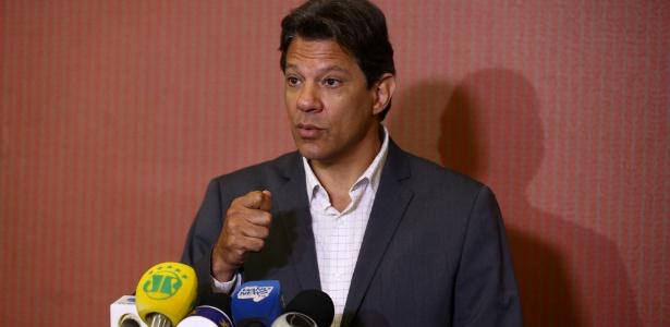Haddad participa de coletiva de imprensa após encontro na CNBB