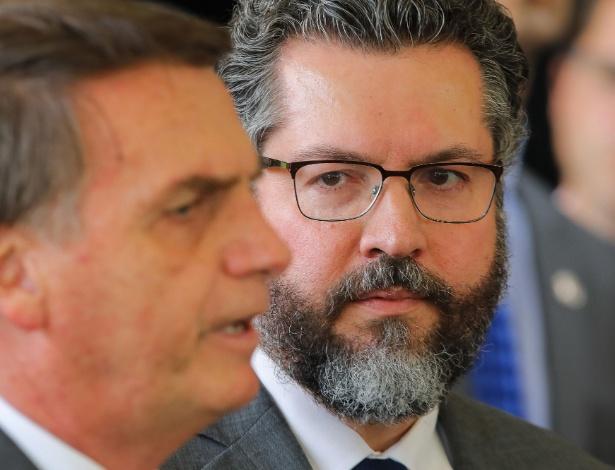 Gestão Bolsonaro cria problemas desnecessários na diplomacia e Brasil pagará, dizem ex-ministros