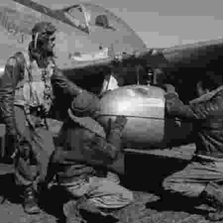 No estudo sobre a Segunda Guerra, alunos agora aprendem sobre a atuação dos Tuskegee Airmen, grupo de pilotos de elite das Forças Armadas americanas formado somente por negros - LIBRARY OF CONGRESS