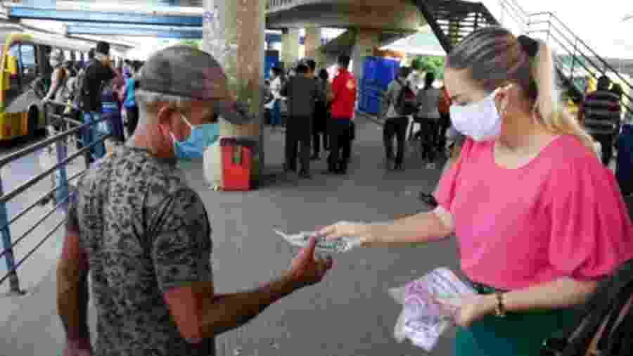 Peças foram produzidas por projeto desenvolvido que garante renda a pelo menos 200 costureiras desempregadas - Chamel Flores/Sejusc