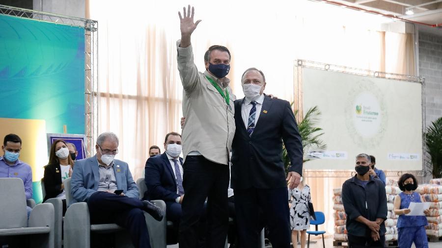 Bolsonaro e Pazuello participaram da cerimônia de inauguração do Centro de Convenções do Amazonas - Alan Santos / PR