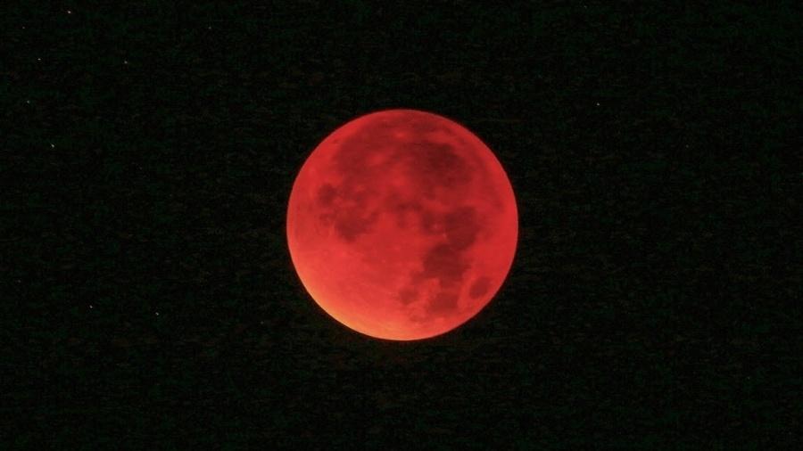 Próximo eclipse lunar total só ocorrerá em 2021 - Fredrik Von Erichsen/ EFE