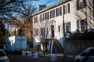 Os Obamas serão vizinhos dos Trumps em bairro conhecido por ser lar de políticos (Foto: Hilary Swift/The New York Times)
