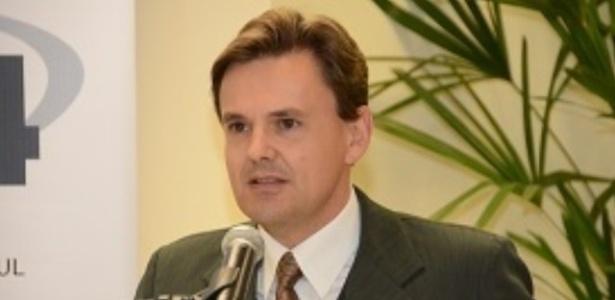 O juiz do trabalho Cláudio Roberto Ost , 50