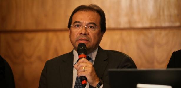 29.mai.20417 - Vice-procurador eleitoral Nicolao Dino participa de debate com os candidatos ao cargo de procurador-geral da República