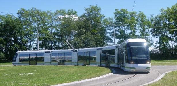 Veículo Leve sobre Pneus poderá circular pelos principais pontos centrais da cidade