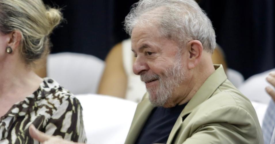 16.mar.2018 - Ex-presidente Luiz Inácio Lula da Silva (PT) no lançamento do livro A Verdade Vencerá, em São Paulo