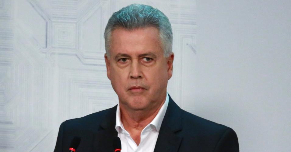 19.out.2018 - O candidato Rodrigo Rollemberg durante o debate com os candidatos ao governo do Distrito Federal, realizado no Museu Nacional pela TV Record em Brasília (DF), nesta sexta-feira
