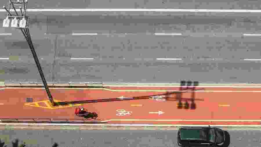 Visão da Avenida Paulista com pouca movimentação - Marcelo D. Sants/Framephoto/Estadão Conteúdo