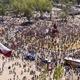 Manifestantes celebram primeiro aniversário de protestos no Chile - Martin Bernetti/AFP