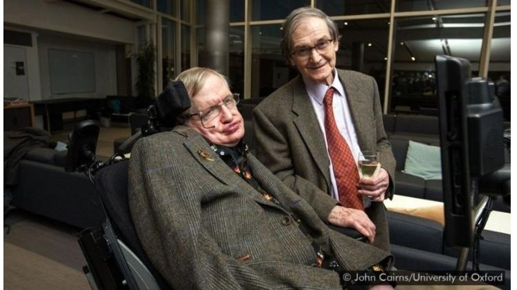 Stephen Hawking e Roger Penrose - John Cairns / University of Oxford - John Cairns / University of Oxford