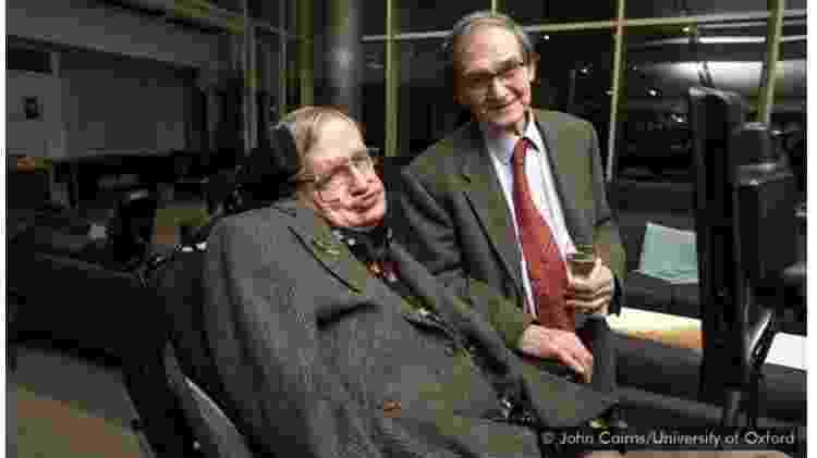 Stephen Hawking e Roger Penrose - John Cairns/University of Oxford - John Cairns/University of Oxford