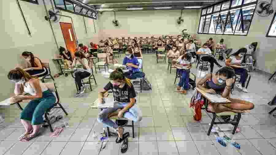 7.jan.2021 - Candidatos fazem prova no segundo dia do vestibular da 1ª fase da Unicamp em São José dos Campos (SP) - Lucas Lacaz Ruiz/Estadão Conteúdo