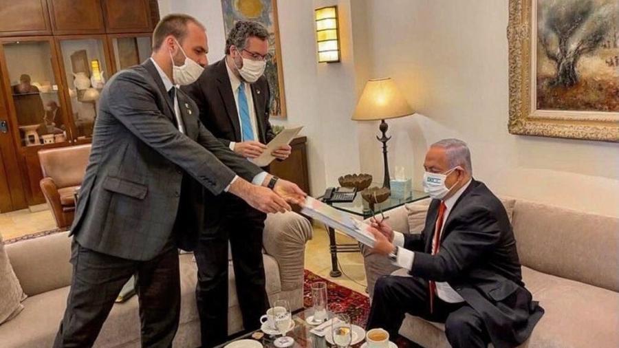 08.03.2021 - Eduardo Bolsonaro esteve com a comitiva presidencial em Israel - Reprodução / Twitter