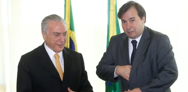 14.jul.2016 - O presidente interino, Michel Temer (PMDB), recebe o novo presidente da Câmara dos Deputados, Rodrigo Maia (DEM-RJ) - Alan Marques/Folhapress